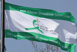 [National Organ and Tissue Donation Promotional Flag, Canada]