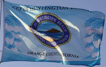 [flag of Huntington Beach, California]